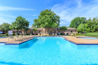 Pool at Listing #137591