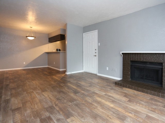 Living/Dining at Listing #136351