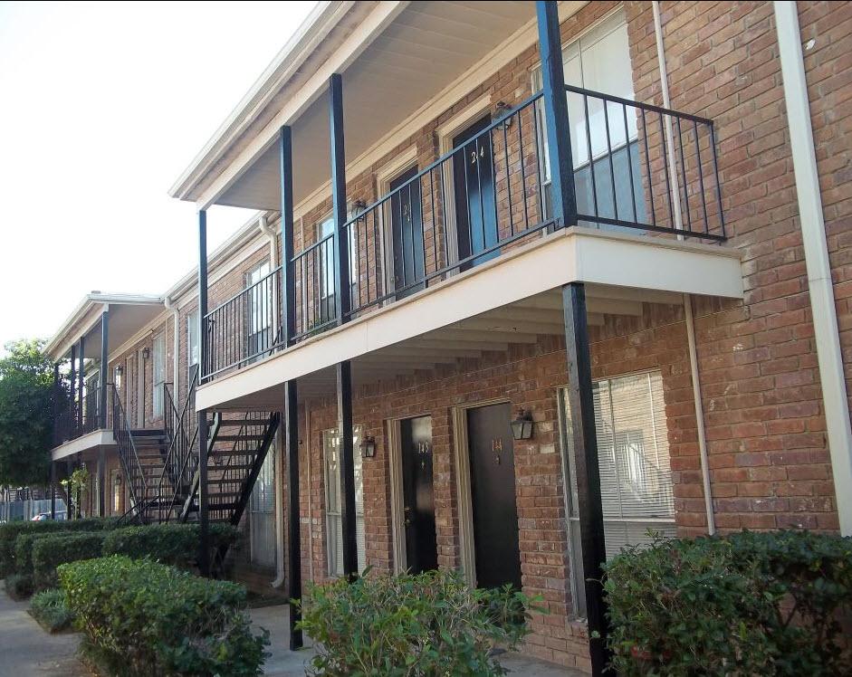 Crossings at St. Charles Apartments Houston TX