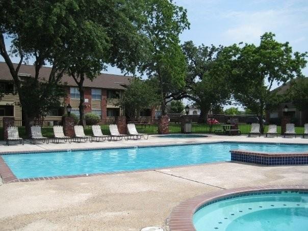 Pool at Listing #140724