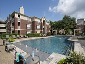 Pool at Listing #138784