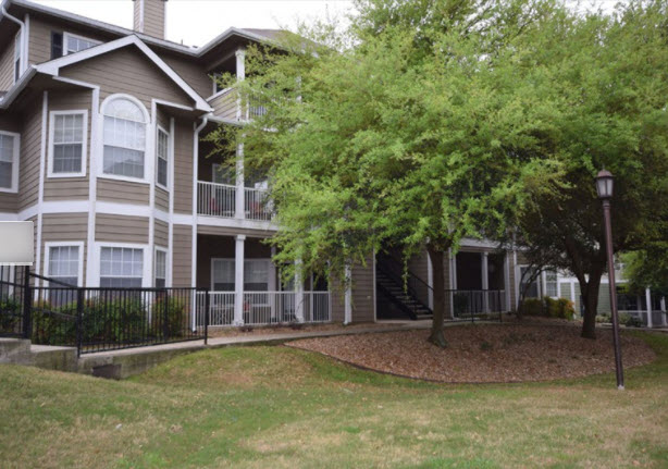 Exterior at Listing #141445