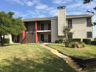 Exterior at Listing #136497
