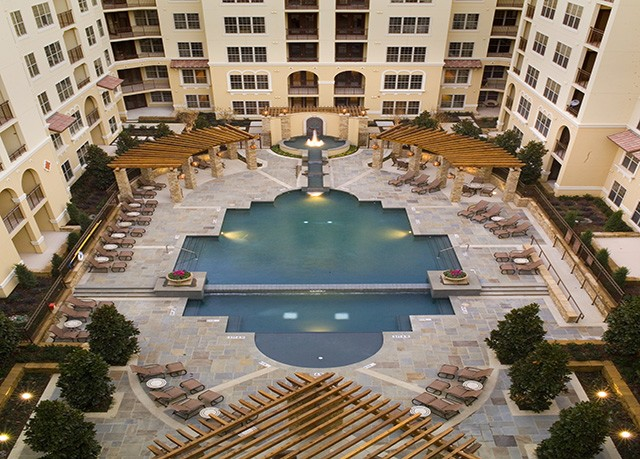 Pool at Listing #144362
