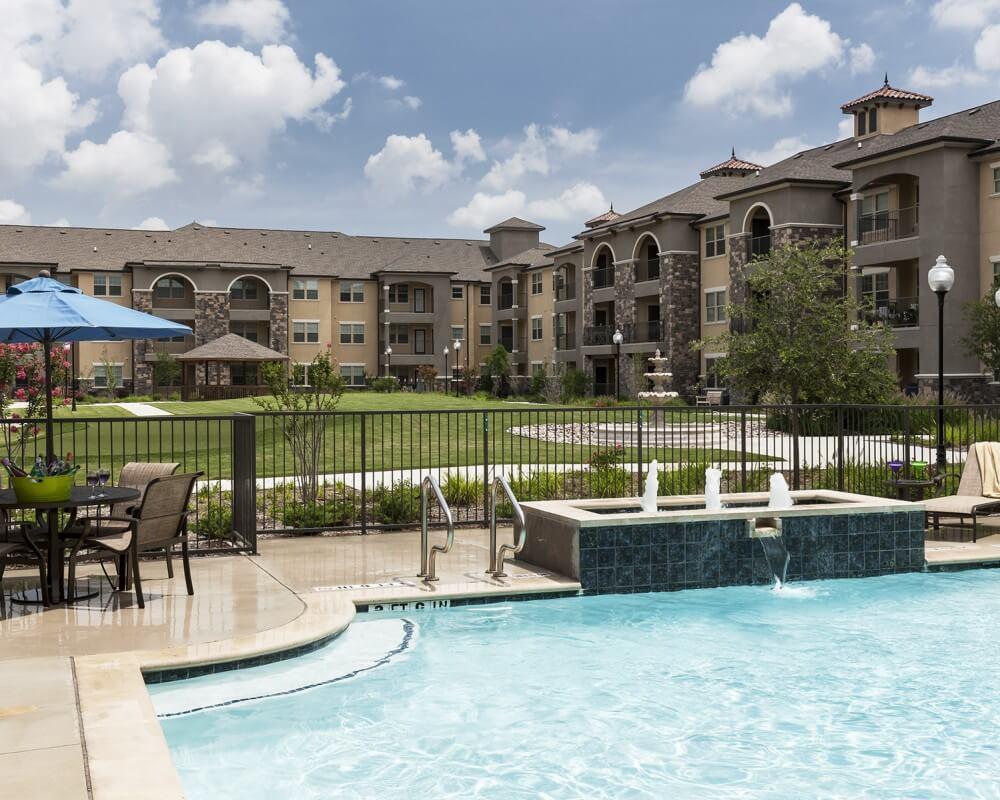 Pool at Listing #252371