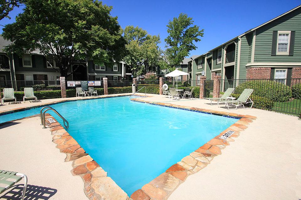 Pool at Listing #137087