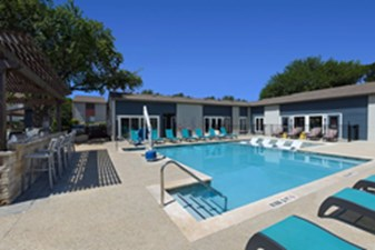 Pool at Listing #140572