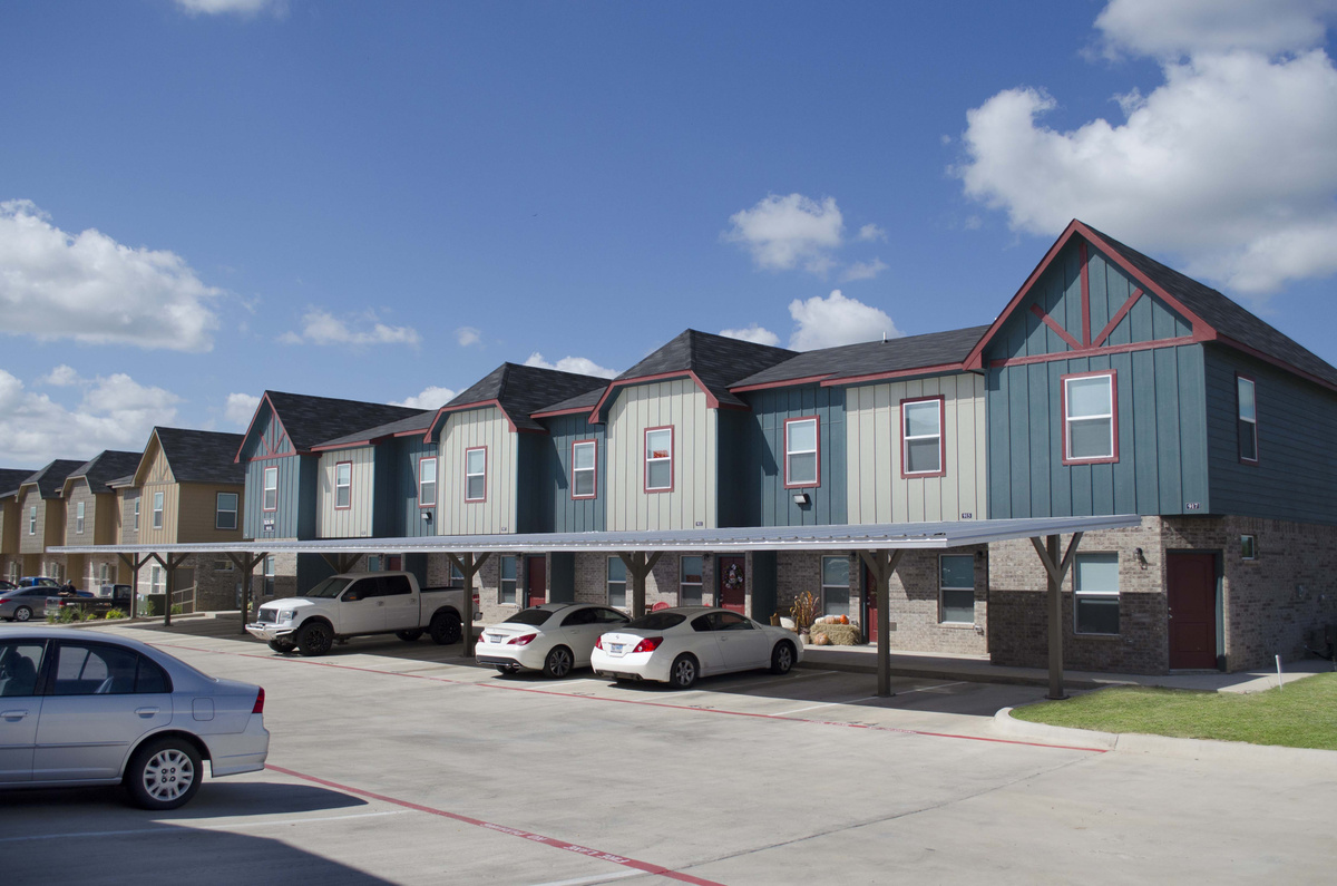 Creekside Apartments Stephenville TX