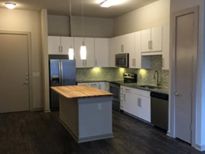 Kitchen at Listing #267352