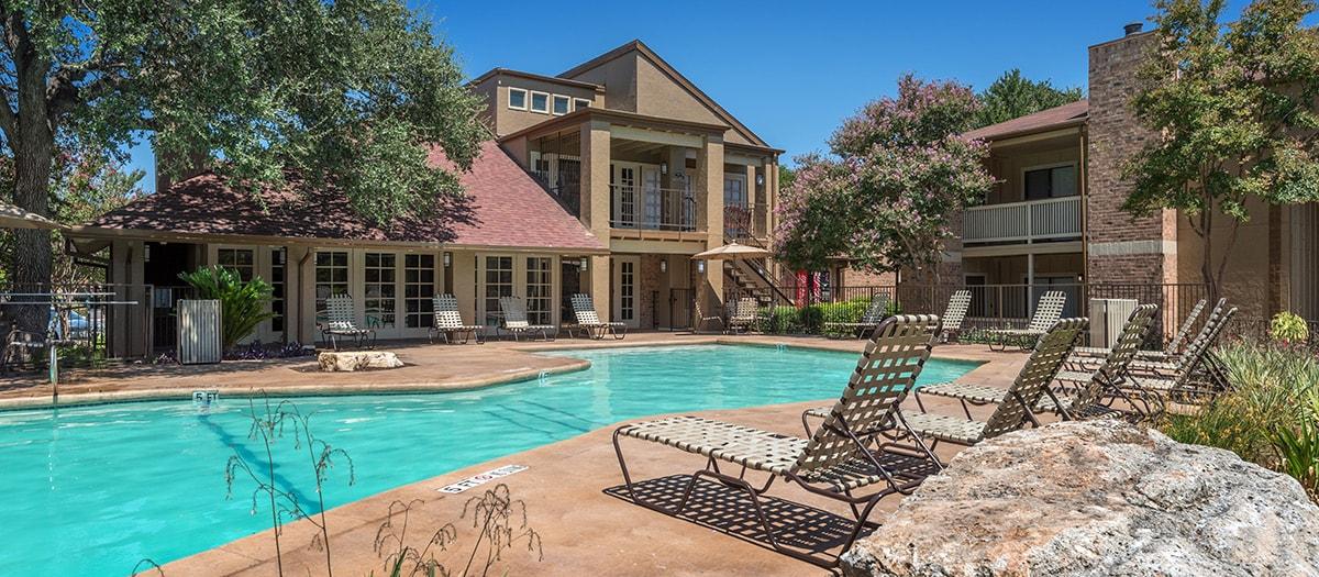 Pool at Listing #140462