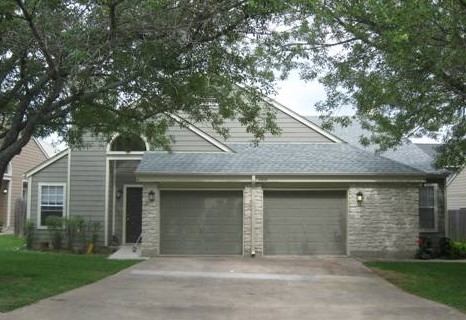 Exterior 3 at Listing #140636