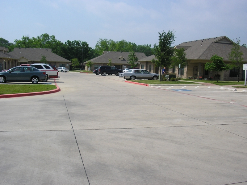 Summit Senior Village Apartments Gainesville TX
