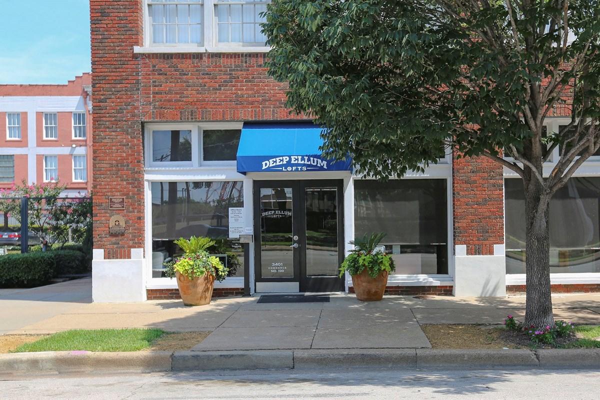 Deep Ellum Lofts Apartments Dallas TX