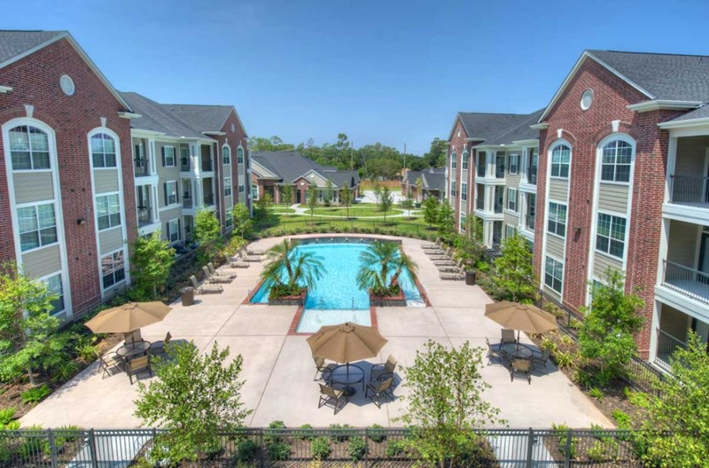 Deerbrook Place Apartments