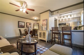 Living at Listing #135976