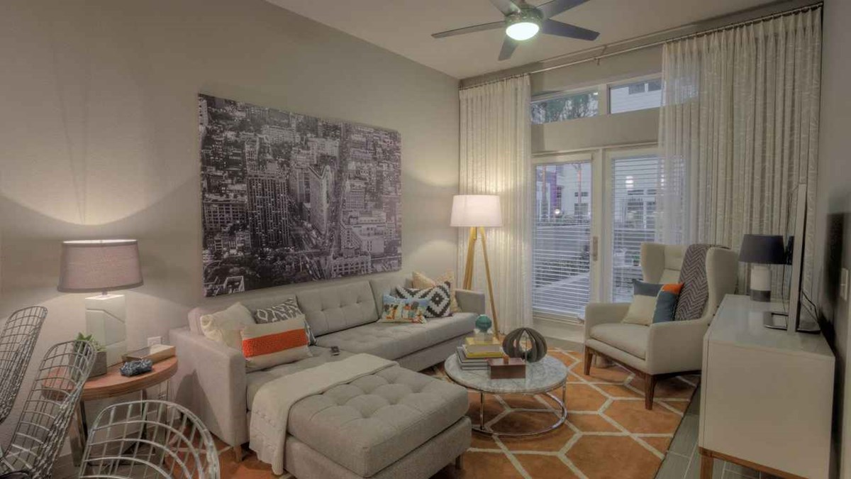 Living at Listing #228613