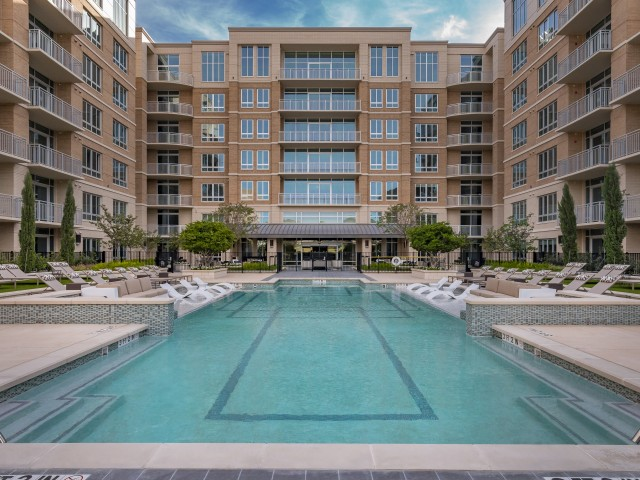 Preston Hollow Village Apartments Dallas TX