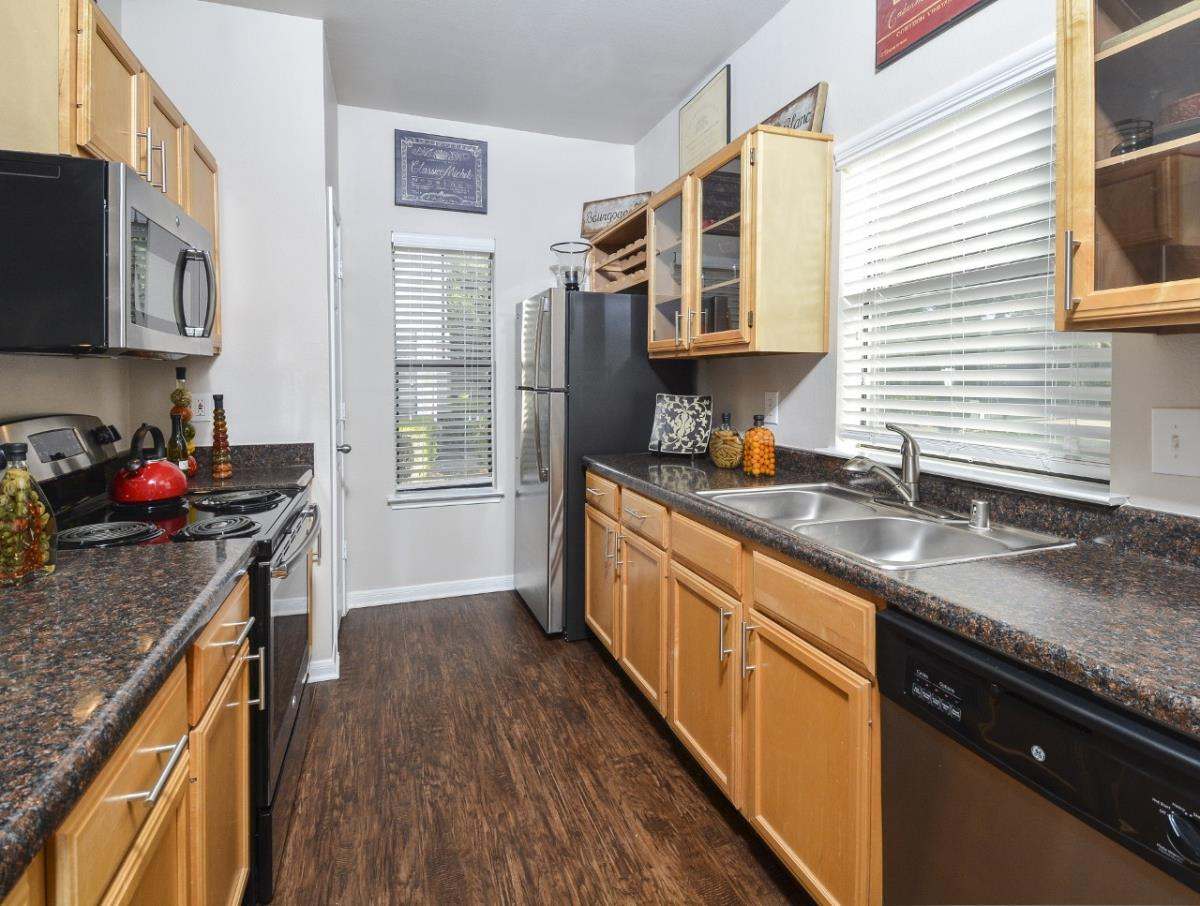Kitchen at Listing #137901