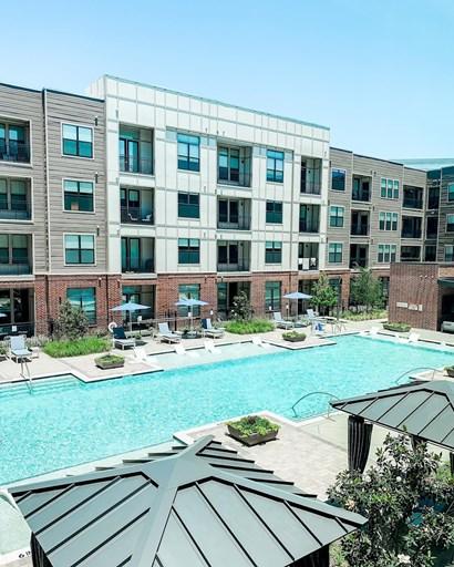 AMLI Addison Apartments