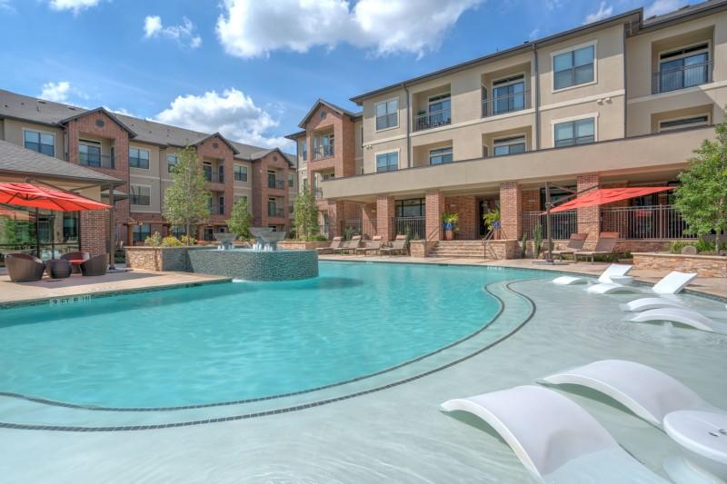 Pool at Listing #248353