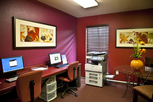 Business Center at Listing #138827