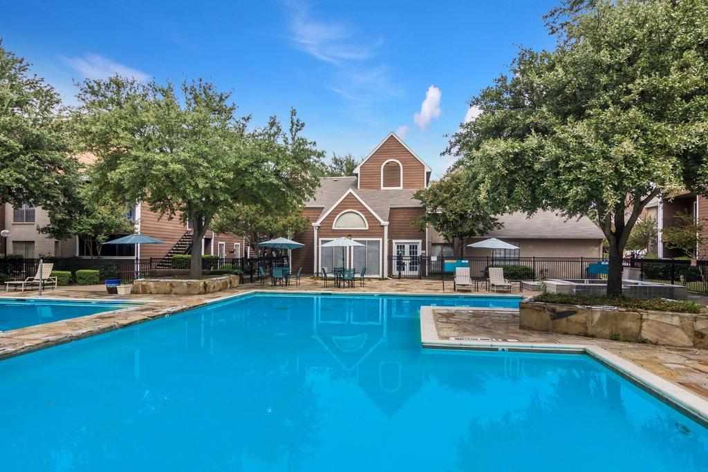 Pool at Listing #135701