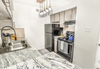 Kitchen at Listing #138873