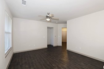 Living at Listing #302199