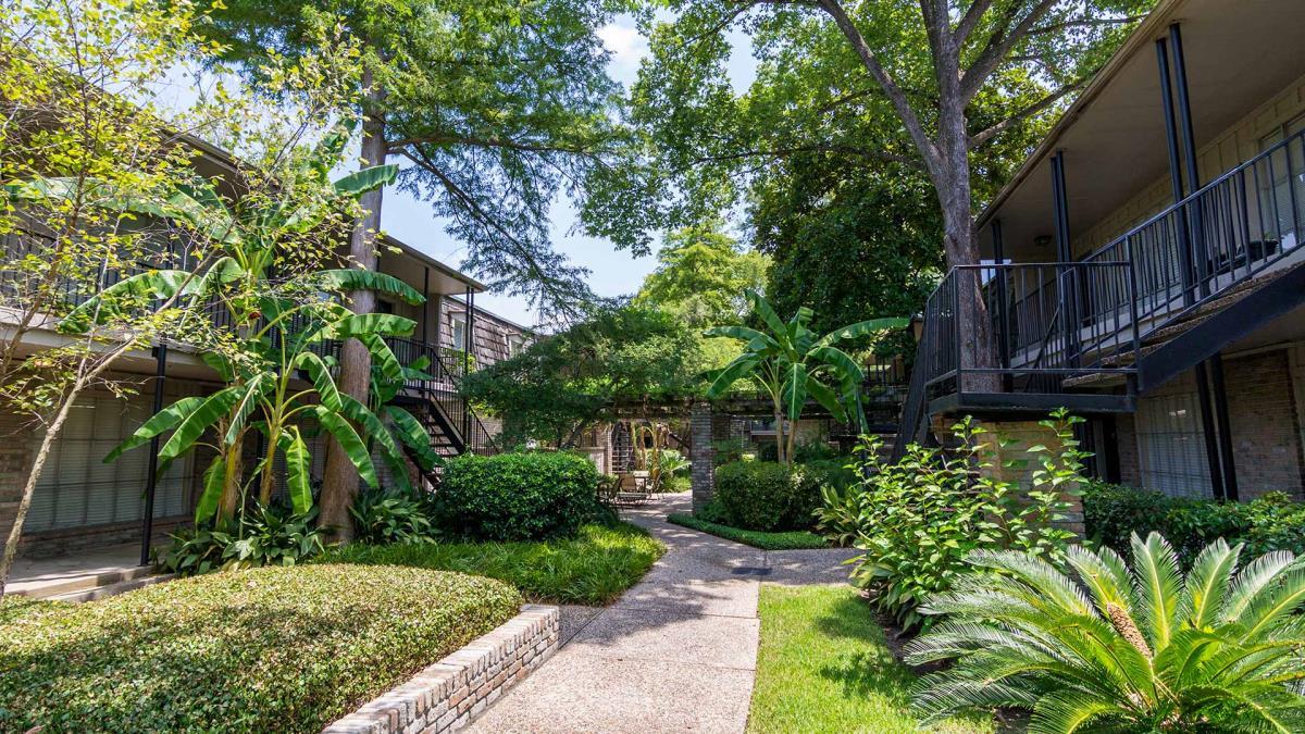 Bordeaux Apartments Houston, TX
