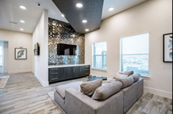 Lounge at Listing #310357
