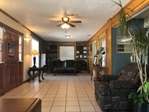 Lounge at Listing #137400