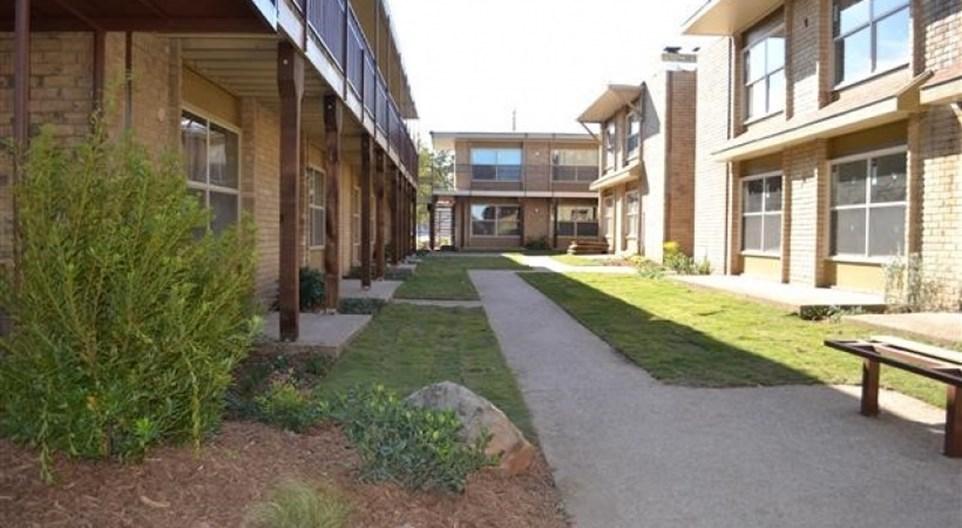 El Jardin Apartments