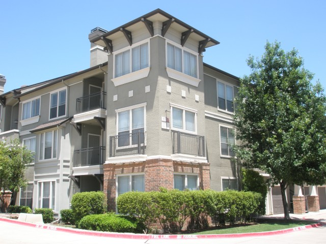 Mission Gate Apartments Plano TX