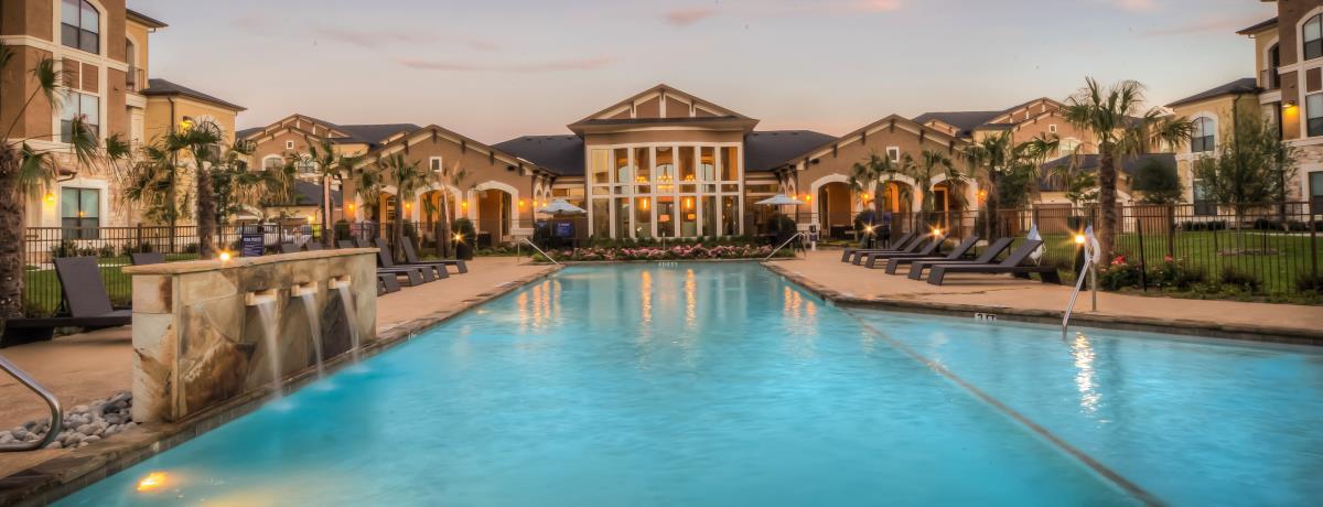 Pool at Listing #233647