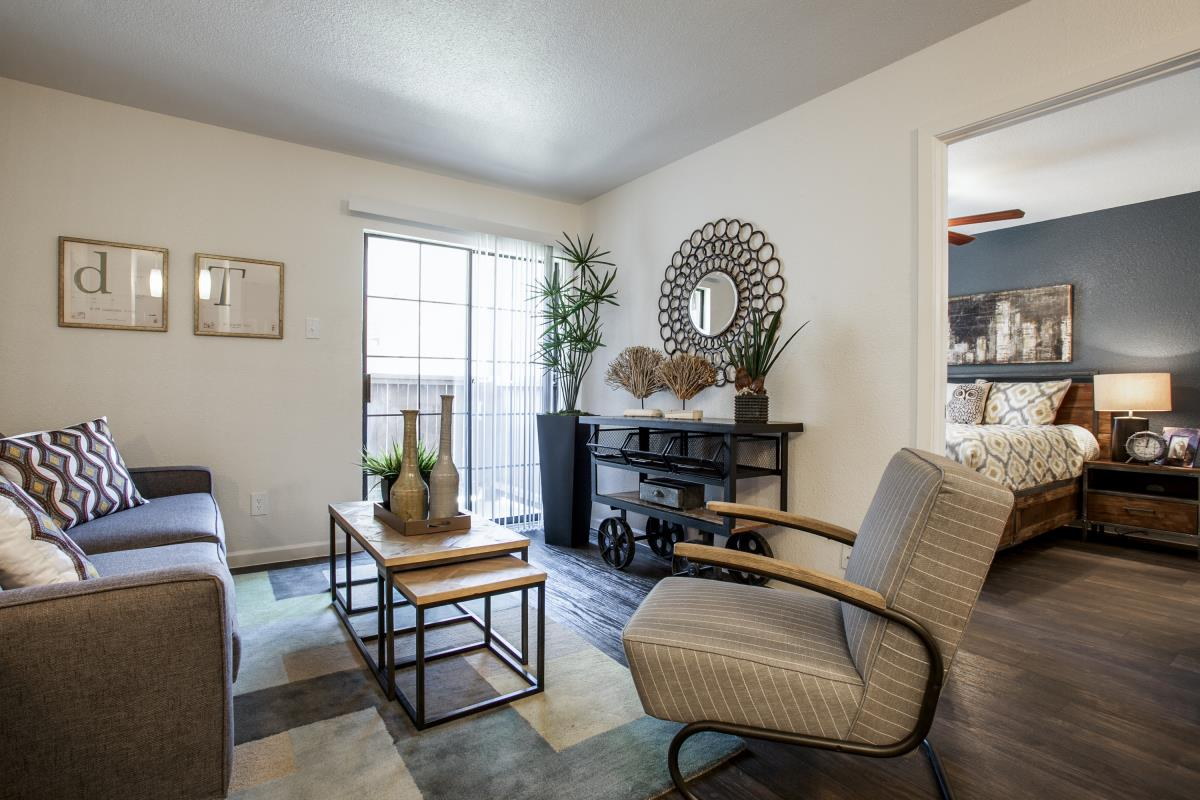 Living at Listing #136240