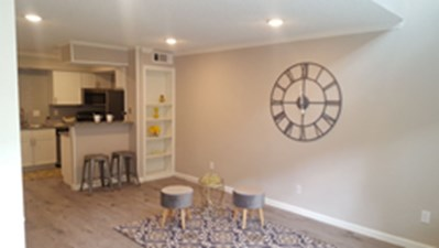 Living/Kitchen at Listing #139623