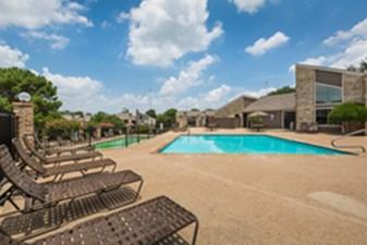 Pool at Listing #136577