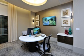Business Center at Listing #282750