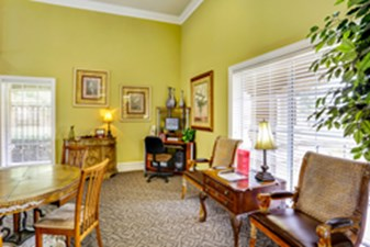 Lounge at Listing #137955