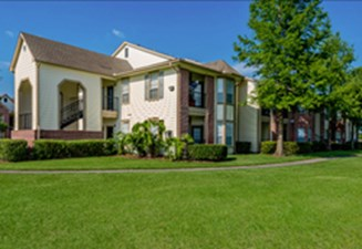 Exterior at Listing #139205