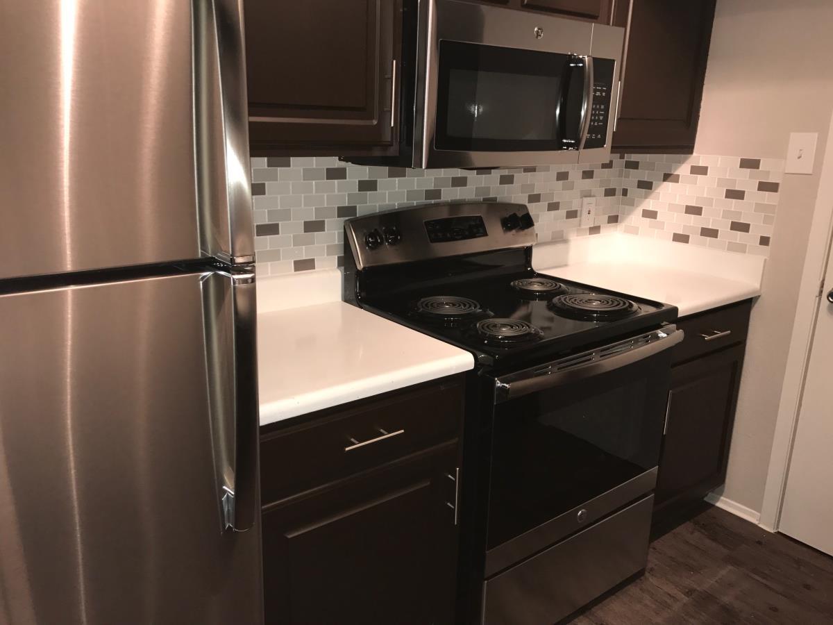 Kitchen at Listing #136221
