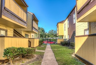 Exterior at Listing #139576