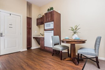 Dining/Kitchen at Listing #275277
