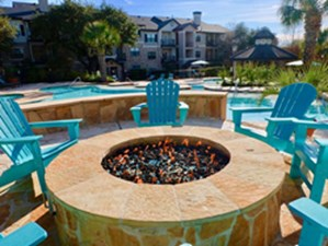 Fire Pit at Listing #140791