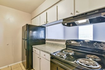 Kitchen at Listing #136540