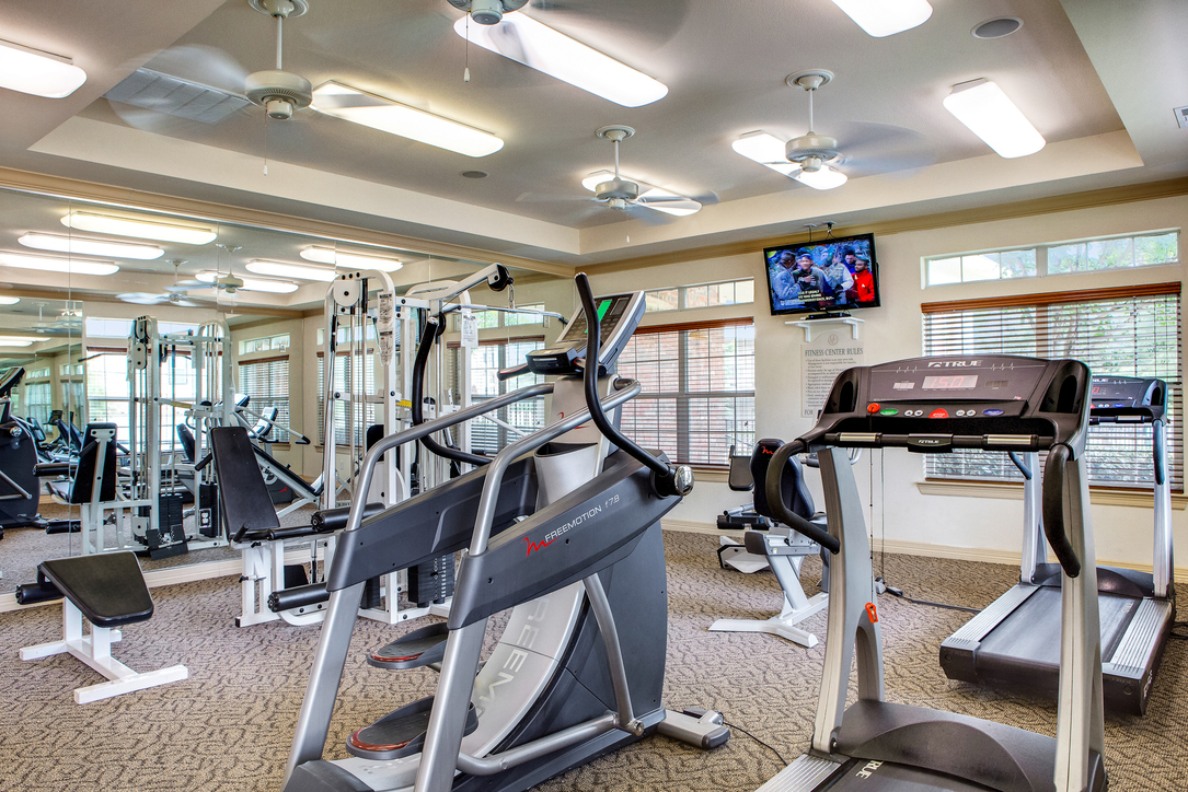 Fitness Center at Listing #138172