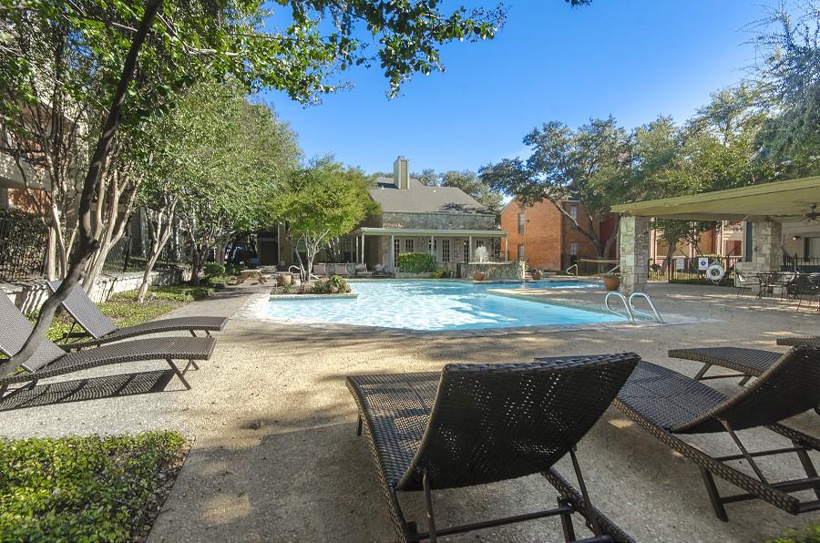 Pool at Listing #141146
