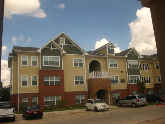 Residences at Onion Creek , TX