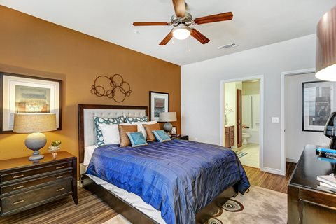 Bedroom at Listing #147759