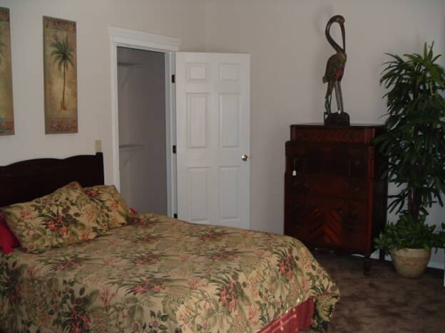 Bedroom at Listing #155260